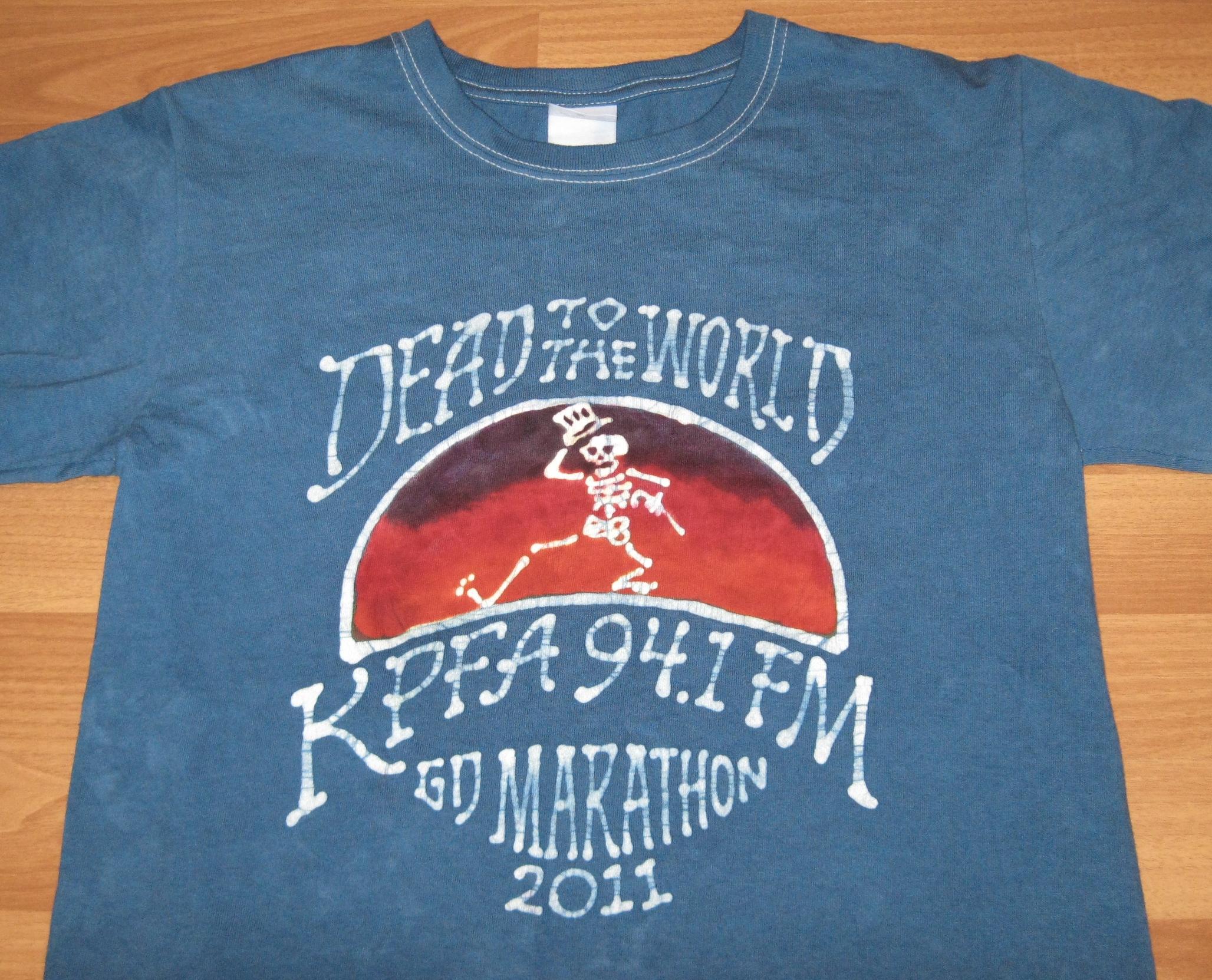 T-shirt by Papa Lindsey
